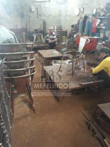 Las-mebel-indo-Divisi-metal-produksi-kursi-cafe-kursi-tolix-tholix-jual-kursi-cafe-murah-jual-kursi-tolix-kursi-industrial-mebel-kayu-jepara-jati