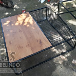 Meja-industrial-living-room-coffee-table-besi-powder-coating-kayu-jati-furniture-export-quality-mebel-jepara-teak-wood