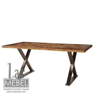dining-table-meja-makan-kaki-silang-model-rustic-industrial-furniture-jepara-mebel-kayu-kaki-besi-powder-coating-metal-wood-las-mebel-jepara