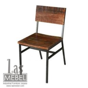 lurusan-chair-kursi-kayu-besi-industrial-furniture-jepara-powder-coating-mebel-kursi-cafe-besi.jpg
