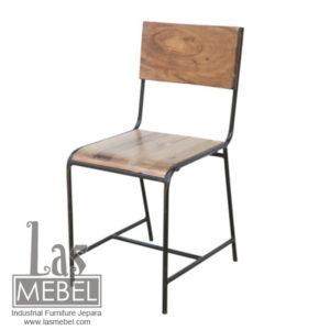 kursi-bar-industrial-besi-kayu-jati-kursi-cafe-besi-jepara.jpg