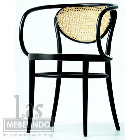 bentwood-arm-chair-kursi-cafe-furniture-kayu-jati-rotan- las-mebel-indo-jepara.jpg
